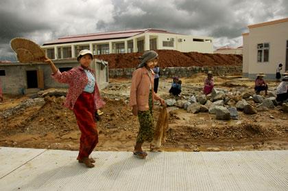 constructionwalkby.jpg