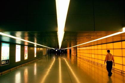 immigrationhallway_sml.jpg