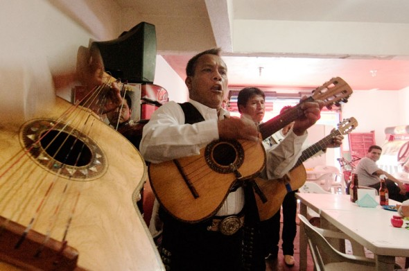 Bar-hopping mariachis in the town of Cuatula.